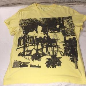 👔 American Eagle Mens XL Yellow n Black Graphic T
